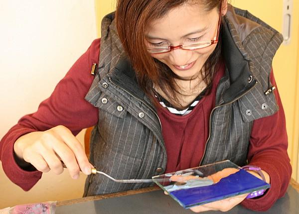 イメージに近い琉球ガラス表札が作れた|琉球ガラス表札体験(お客様の声)
