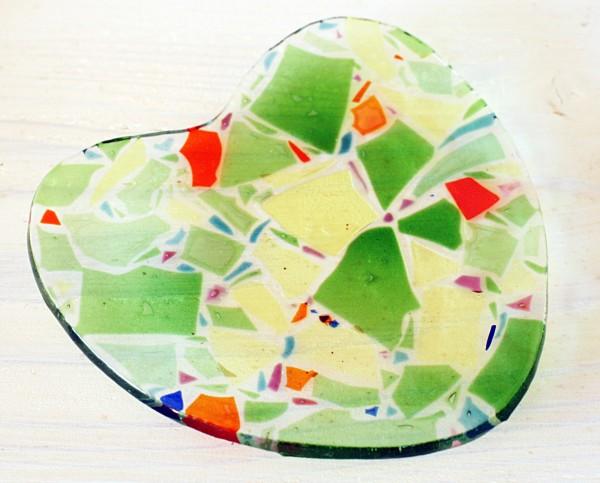 動画作成・ハートのガラス皿|沖縄ガラスウエディング体験